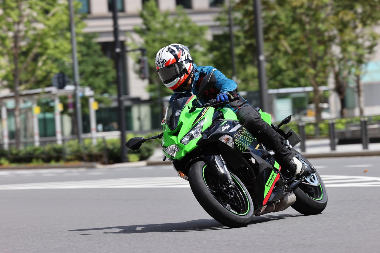 Images : 8番目の画像 - ホンダ「CBR250RR」・カワサキ「Ninja ZX-25R」 - webオートバイ