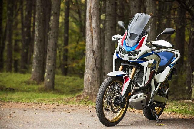 画像: Honda CRF1100L Africa Twin Adventure Sports ES Dual Clutch Transmission 総排気量:1082cc エンジン形式:水冷4ストSOHC4バルブ並列2気筒 メーカー希望小売価格:205万7000円