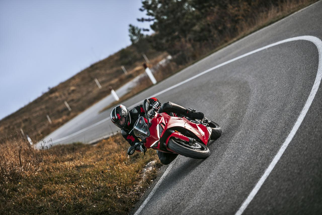 Images : 14番目の画像 - 【写真54枚】2021年型ドゥカティ・スーパースポーツ950/S - webオートバイ