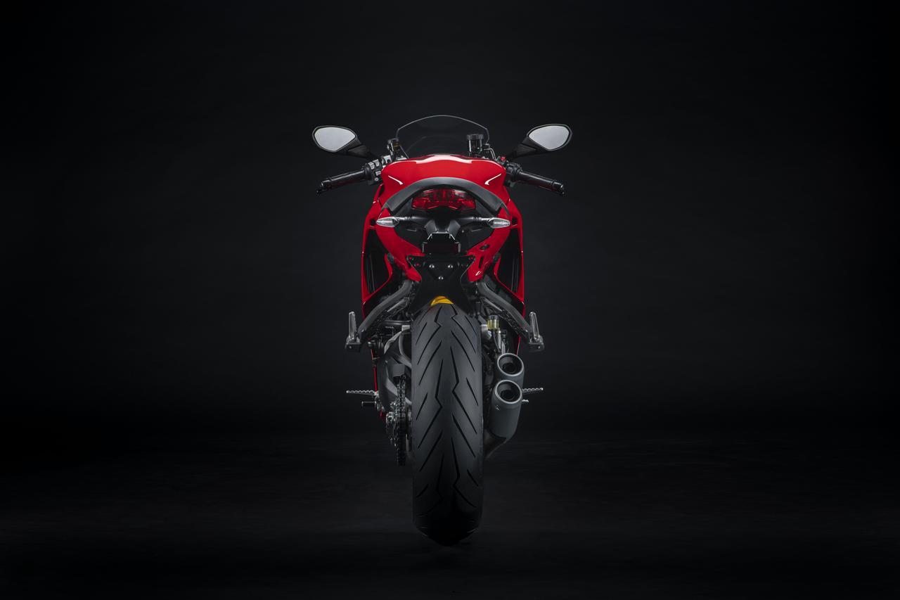 Images : 8番目の画像 - 【写真54枚】2021年型ドゥカティ・スーパースポーツ950/S - webオートバイ