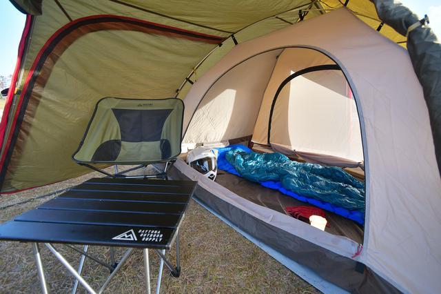 画像: みてよこの広さ。ソロキャンだったらテントに引きこもれちゃうよ。