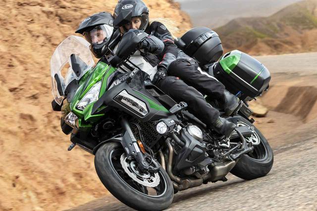 画像: 【2021速報】カワサキが欧州で「ヴェルシス1000SE」と「ヴェルシス1000S」の2021年モデルを発表! スペックも出た! - webオートバイ