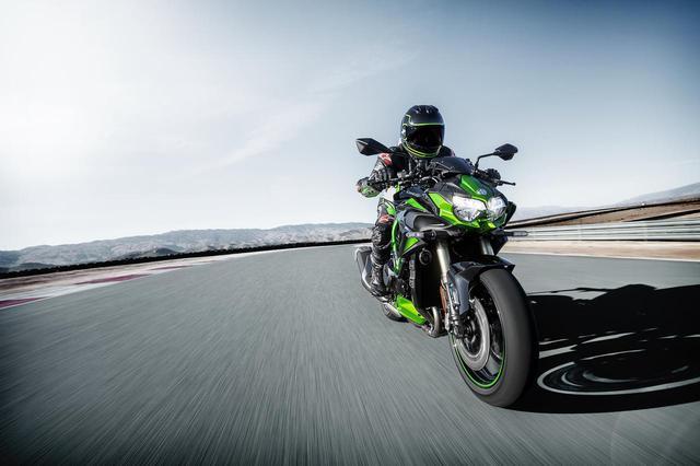 画像1: カワサキが新型車「Z H2 SE」を発表! ショーワの最新サスペンションとブレンボの高性能ブレーキキャリパーを搭載【2021速報】