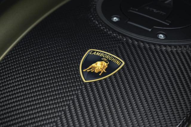 画像2: イタリアンメーカーのコラボで生まれたドゥカティ「ディアベル1260ランボルギーニ」