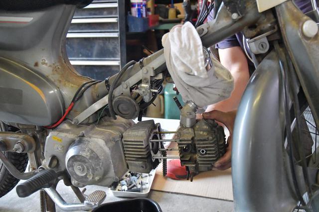 画像: その異音大丈夫? スーパーカブを壊してしまわないためにエンジン異音の原因や、そのほかのウィークポイントを紹介。バイクの異音判断は難しいので動画も撮ってきたよ。 - webオートバイ