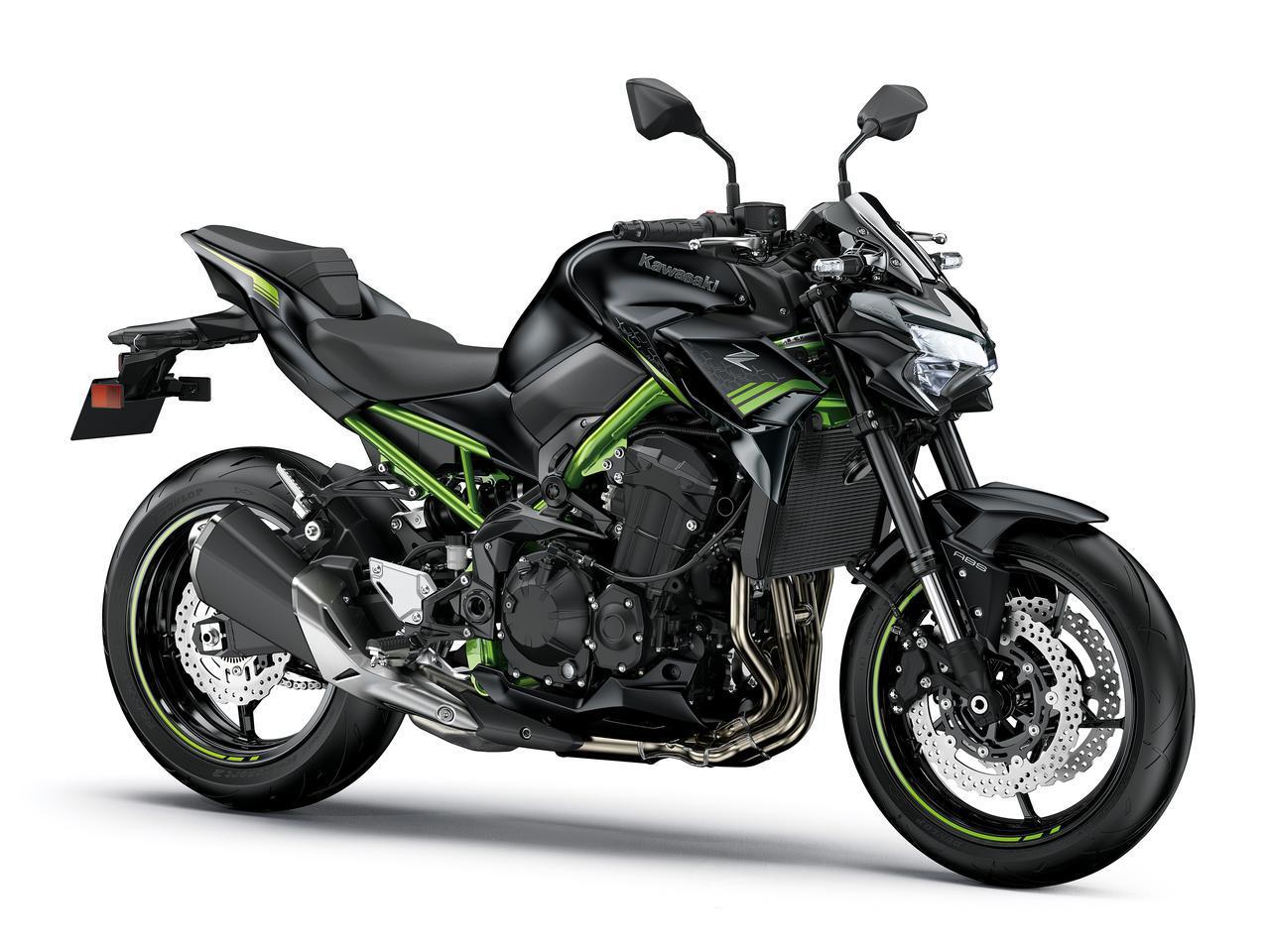 画像: Kawasaki Z900 総排気量:948cc エンジン形式:水冷4ストDOHC4バルブ並列4気筒 シート高:800mm 車両重量:213kg 2021年モデルの発売日:2021年1月8日(金) メーカー希望小売価格:110万円(消費税10%込)