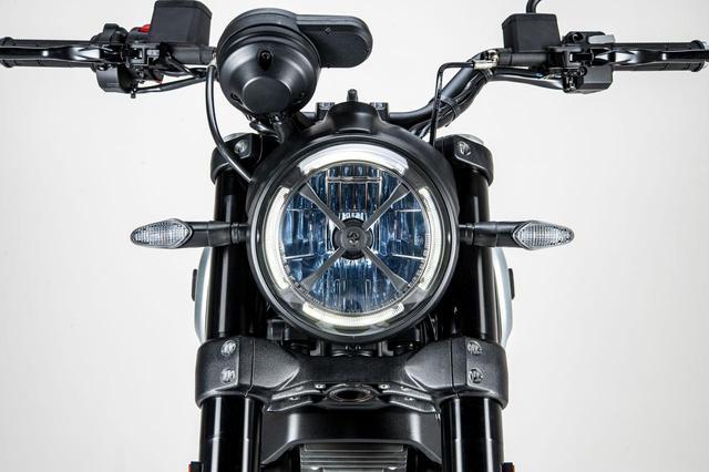 画像: 【2021速報】ドゥカティからスクランブラー1100の新たなバリエーションモデル「スクランブラー1100 ダークPRO」が登場! - webオートバイ