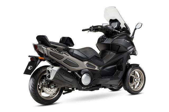 画像2: キムコが初の三輪スクーター「CV3」を正式発表! 排気量は550cc、ロングツーリングも快適に楽しめる最新装備が満載【2021速報】
