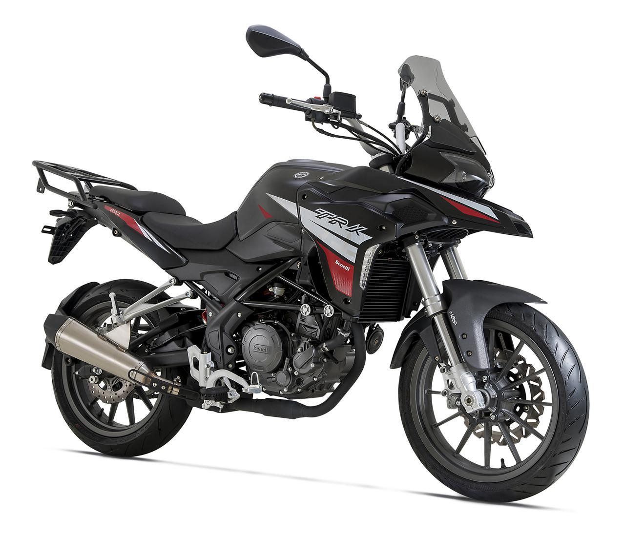 画像2: ベネリ「TRK251」日本発売間近! 250ccアドベンチャーバイクに新たな選択肢が加わった【2021速報】
