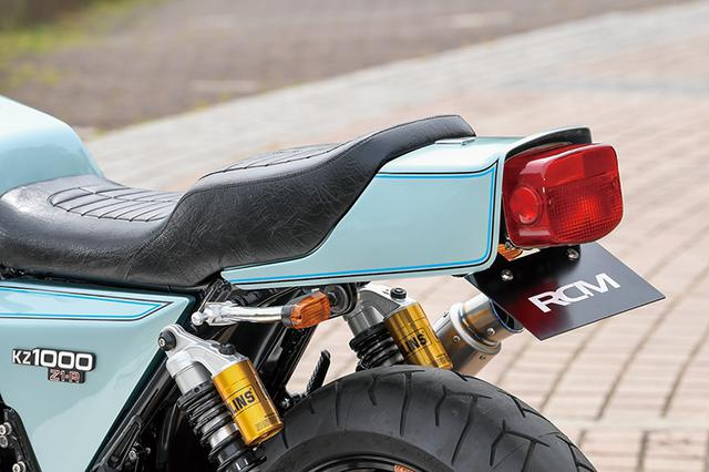 画像: シートはナイトロレーシングRCMコンセプトシート。ウインカーは小ぶりですっきりしたものに換装した。外装もノーマルパターンでリペイント。