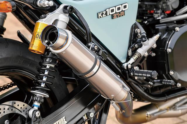 画像: 排気系はナイトロレーシングストレートチタン+同V1サイレンサー。定番と思えるパーツや作業も時に連れアップデートされる。