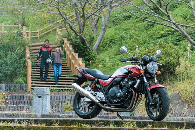 画像: 今回のテストは、千葉県内をメインに高速道、一般道、ワインディングなどを走破! CB400SFの乗りやすさは、ツーリングバイクとして使うときにも大きなメリットになります。