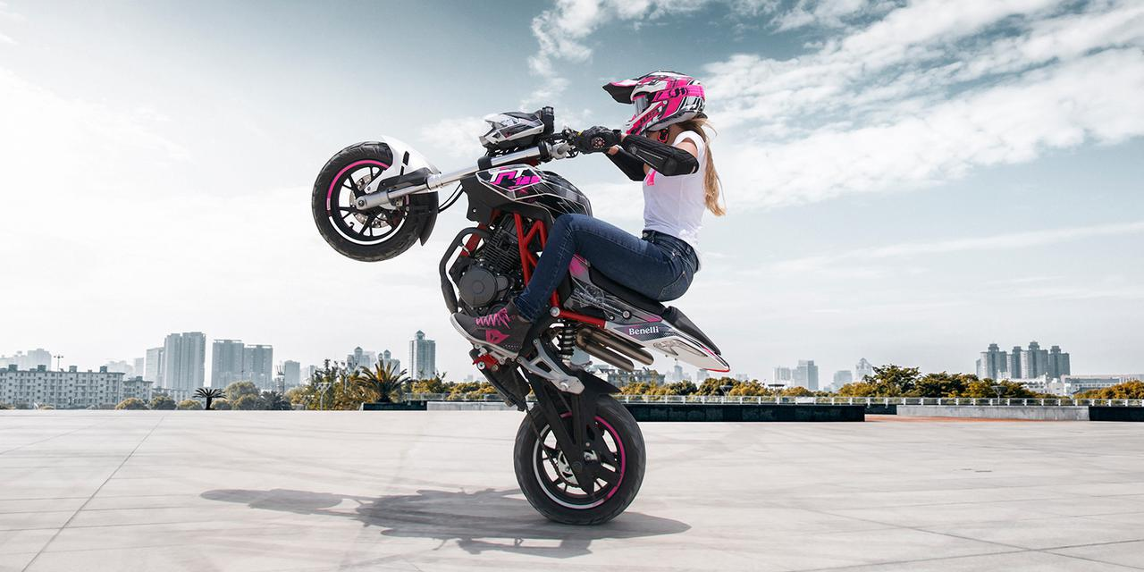 画像: ベネリ「TNT125」が激戦区の125cc市場に参戦!クラスを越えた作りこみで注目度の高さは間違いなし【2021速報】 - webオートバイ
