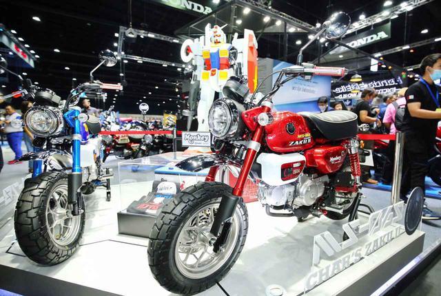 画像: ホンダ「モンキー125」と機動戦士ガンダムがコラボ! モンキー・ガンダム&シャア専用ザクバージョンがタイで登場【2021速報】 - webオートバイ