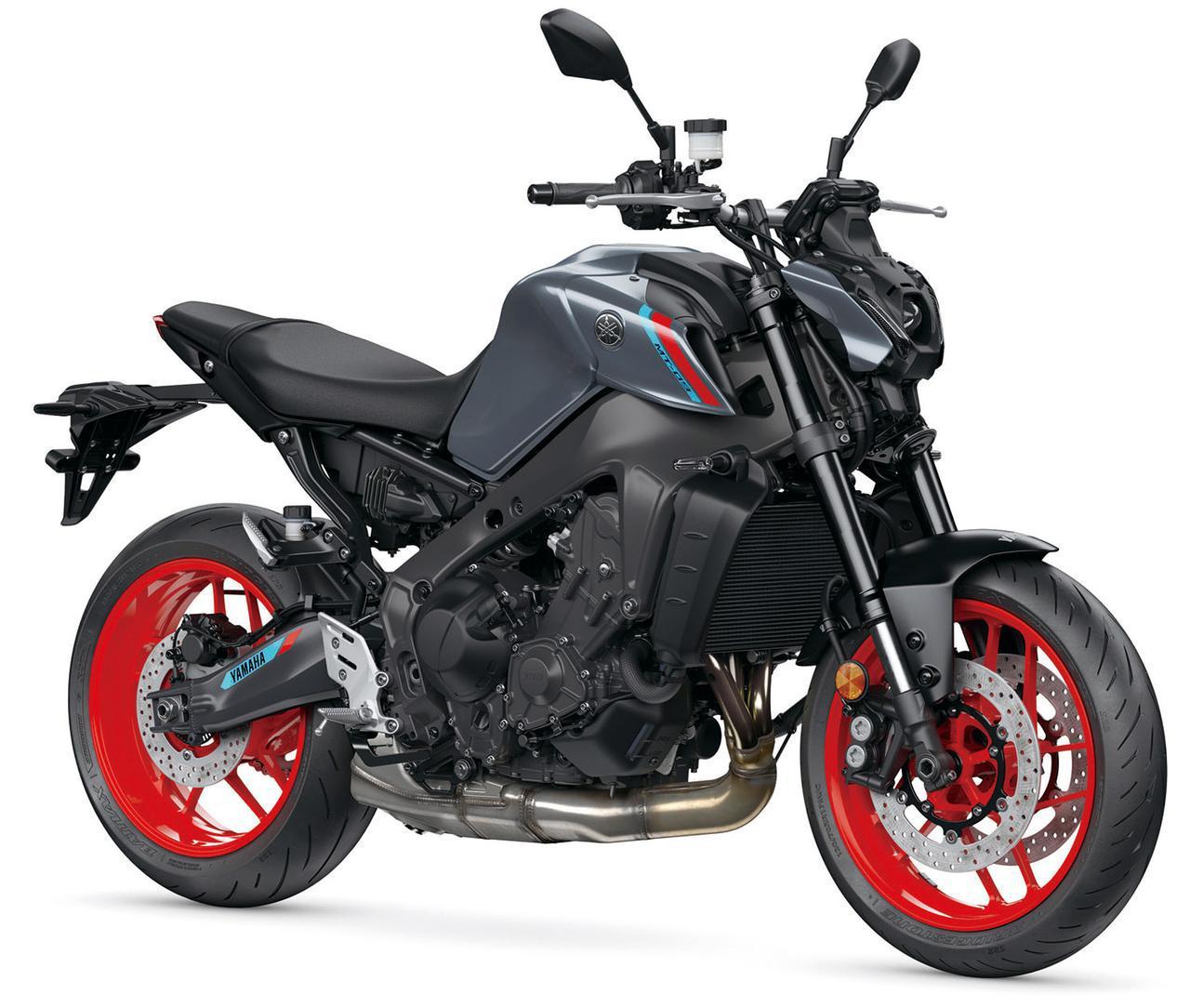 画像: ヤマハ 新型「MT-09」 総排気量:890cc エンジン形式:水冷4ストDOHC4バルブ並列3気筒 シート高:825mm 車両重量:189kg ※写真・スペックは欧州仕様車