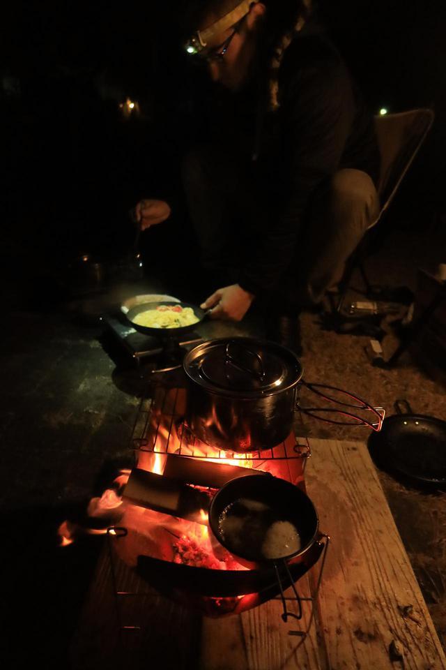 画像6: 寒風に立ち向かえ、料理対決で「無限鍋・煉獄」を披露
