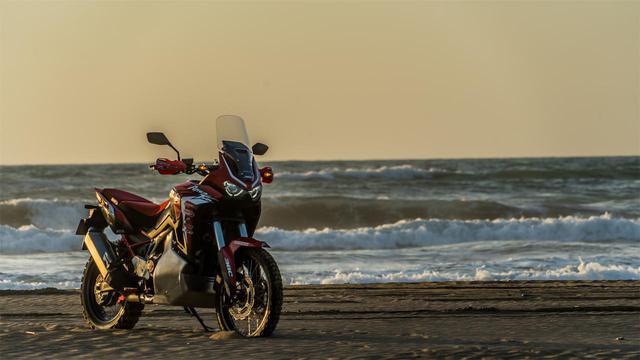 画像: 「三橋 淳のアフリカツイン 北駆南走」 第25回「シン・ダルマ大作戦」 - webオートバイ