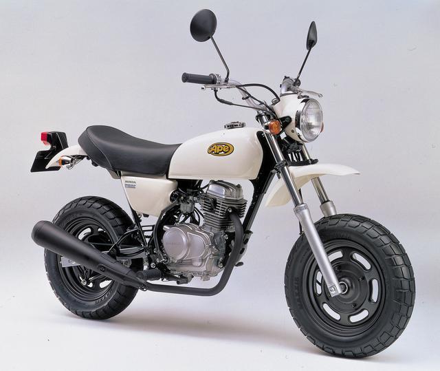 画像1: 新成人の皆さま、おめでとうございます! 20年前は、こんなバイクが登場した年でした!
