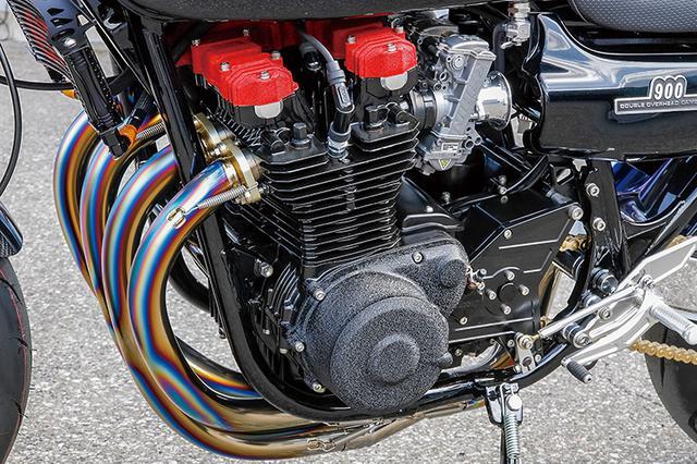 """画像: エンジンはピスタルレーシング製鍛造ピストン+超々ターカロイ鋳鉄スリーブによる1135cc/ステージ1カムシャフト仕様で、クランクシャフト/シリンダーヘッドはZ1000Jパーツにコンバートと、J系ベースで強化した""""安全なハイスペック""""仕様となっている。これら内燃機加工はすべてブルドックが自社で行う。"""