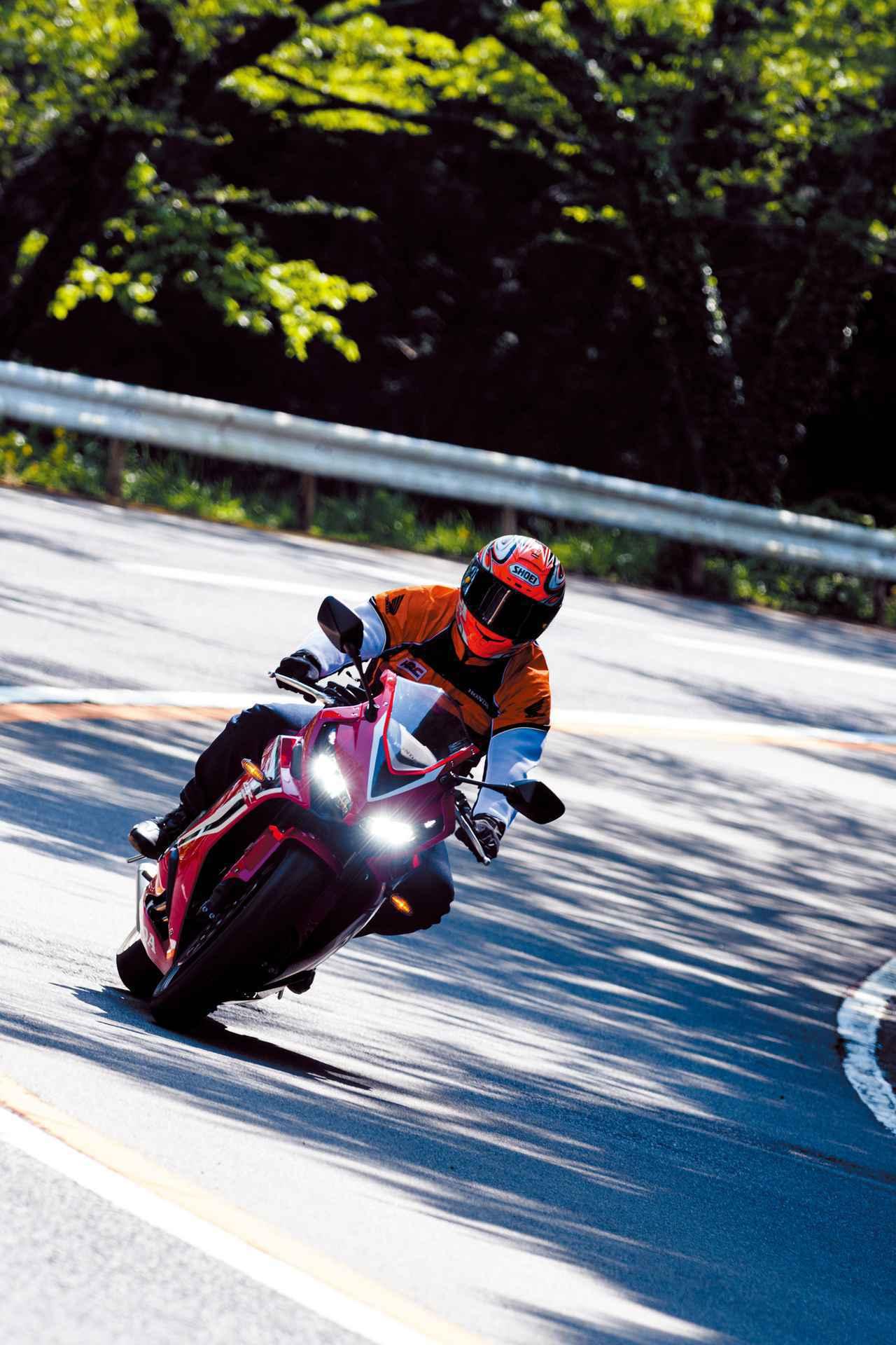 画像1: ホンダ「CBR650R」が公道用スポーツバイクとしてモノすごく優秀なワケとは? 伊藤真一さんが試乗インプレ【ロングラン研究所】 - webオートバイ