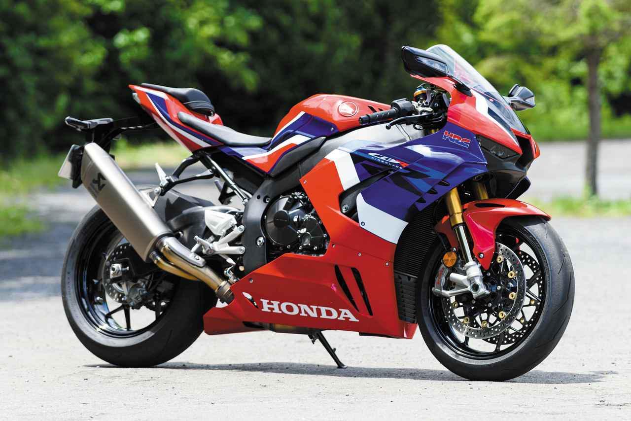 画像: Honda CBR1000RR-R FIREBLADE SP 総排気量:999cc エンジン形式:水冷4ストDOHC4バルブ並列4気筒 シート高:830mm 車両重量:201kg メーカー希望小売価格:税込278万3000円