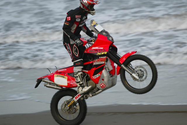 画像: これは2003年に参戦した時のXR650。SSでトップ10入りを何度かしたバイクだ。