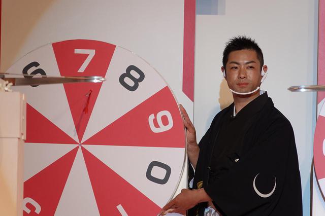 画像: 「7」を射抜いた高橋選手。