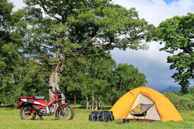 画像: ライダーのテントの主流は昔からドーム型テント