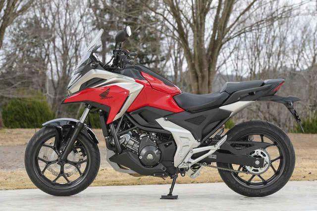 画像2: 全面進化! ホンダが新型「NC750X」の国内で発売|価格・仕様・カラーをチェック【2021速報】