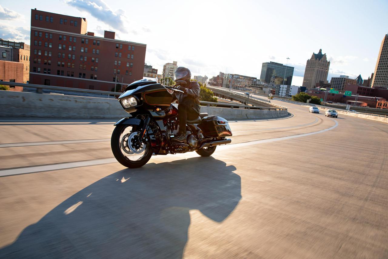 Images : 38番目の画像 - 2021ハーレーダビッドソン「CVOストリートグライド」「CVOロードグライド」 - webオートバイ