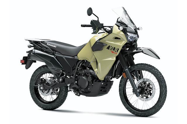 画像: Kawasaki KLR650 総排気量:652cc エンジン形式:水冷4ストDOHC単気筒 車両重量:209kg(460.6ポンド) シート高:871mm(34.3インチ)