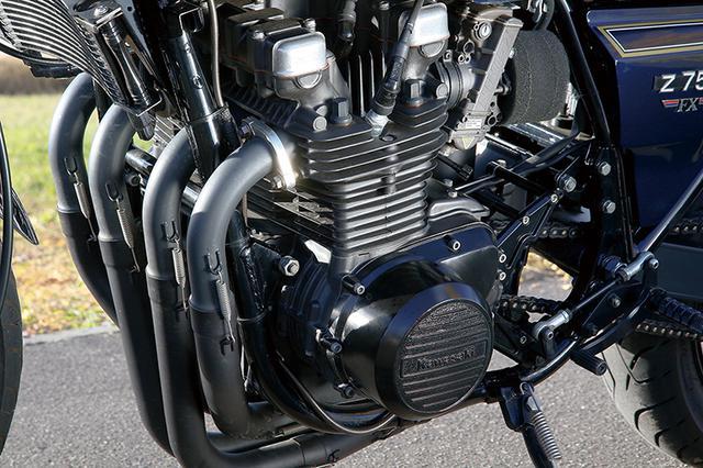 画像: 746cc/φ64×58mmベースのエンジンは、オーナーがもう1台所有するZ2と同じ860cc仕様となるが、こちらのピストンはJE製鍛造品を組み込んである。