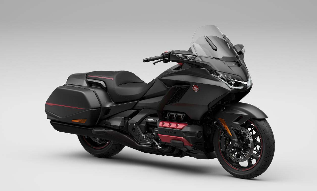 画像: Honda Gold Wing 総排気量:1833cc エンジン形式:水冷4ストSOHC(ユニカム)水平対向6気筒 シート高:745mm 車両重量:366kg 発売予定日:2021年2月25日(木) メーカー希望小売価格:税込294万8000円
