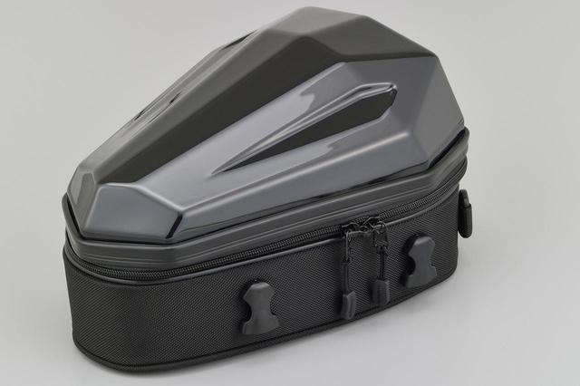 画像1: フルカウルスポーツバイクに似合うシートバッグ! 日帰りツーリングに役立つヘンリービギンズの新型「シェルシートバッグ」