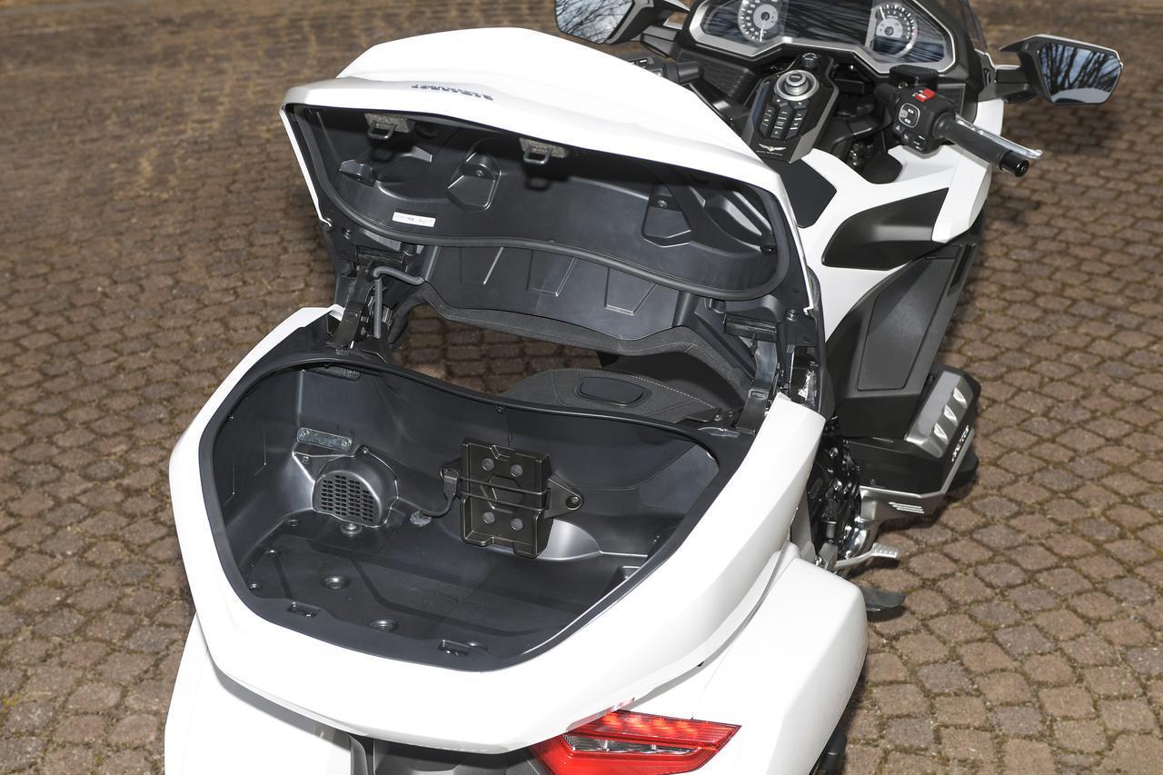 画像2: ホンダが新型「ゴールドウイング」「ゴールドウイング ツアー」を発売! 2021年モデルの国内仕様はDCT車のみの設定に
