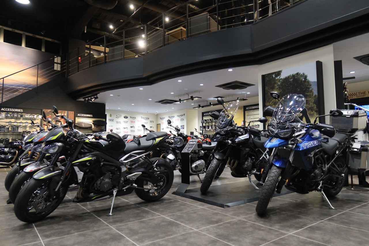 画像: 店内には現行モデルのほとんどの機種が並んでいます。
