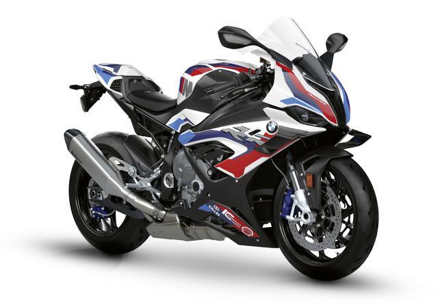 画像: BMW M1000RR 総排気量:999cc エンジン形式:水冷4ストDOHC4バルブ並列4気筒 シート高:832mm 車両重量:192kg メーカー希望小売価格:税込378万3000円~