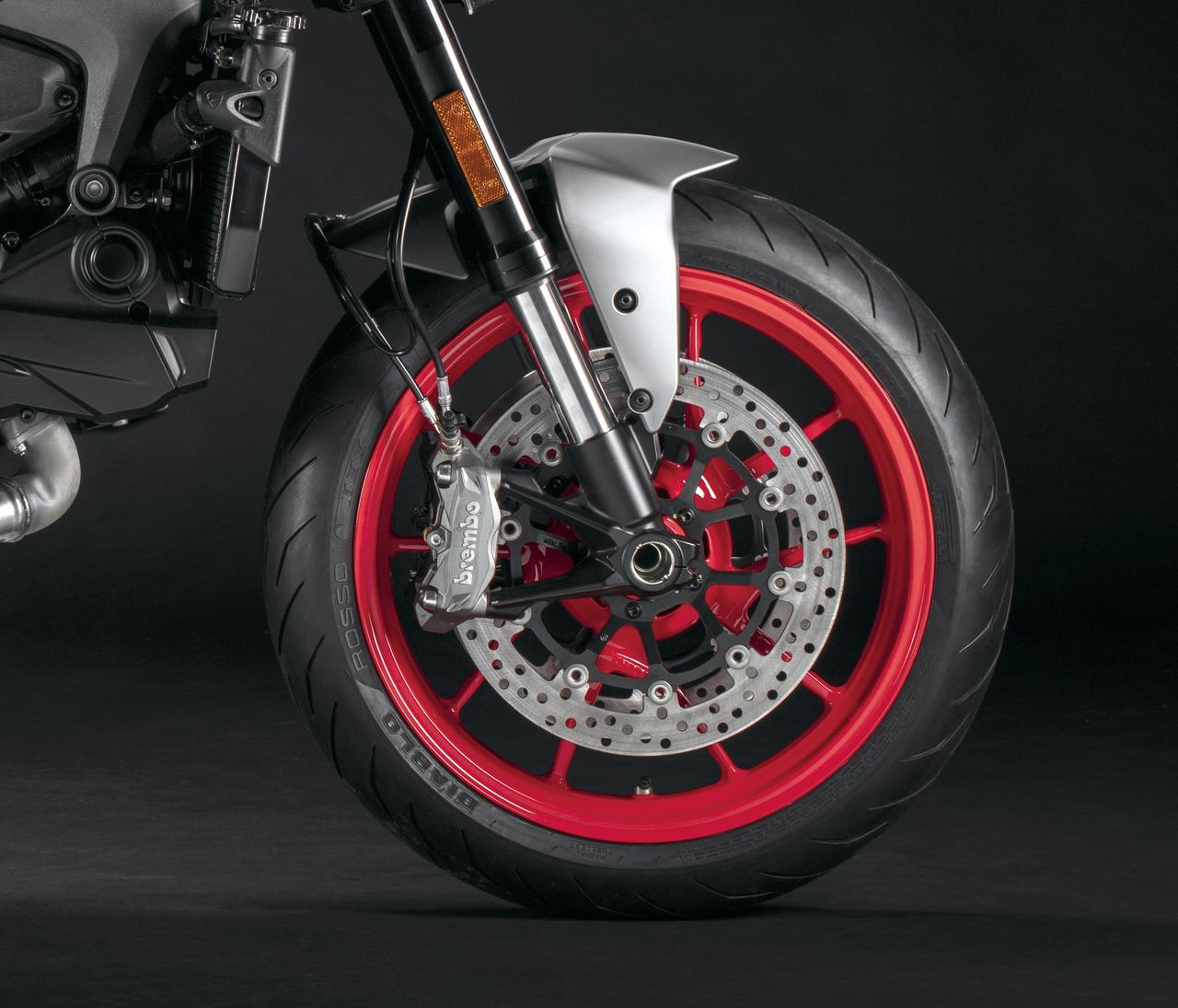 Images : 7番目の画像 - 【写真13枚】ドゥカティ新型モンスター/モンスター・プラス - webオートバイ
