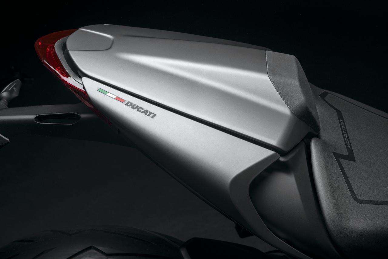 Images : 8番目の画像 - 【写真13枚】ドゥカティ新型モンスター/モンスター・プラス - webオートバイ