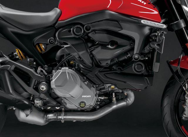 画像: テスタストレッタ11°エンジンは937㏄。エンジン自体も2.4㎏軽量化されており、ハンドリング性能向上に貢献している。