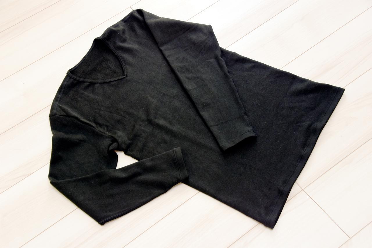 画像: サーモワン 「暖撃」です Vネック メンズ/ブラック 税込9,680円 サーモワンWebショップはこちら→ https://liberta-online.jp/shop/product_categories/thermone/