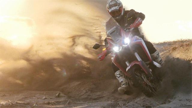 画像: 「三橋 淳のアフリカツイン 北駆南走」第28回「シェイクダウンは砂浜で」 - webオートバイ