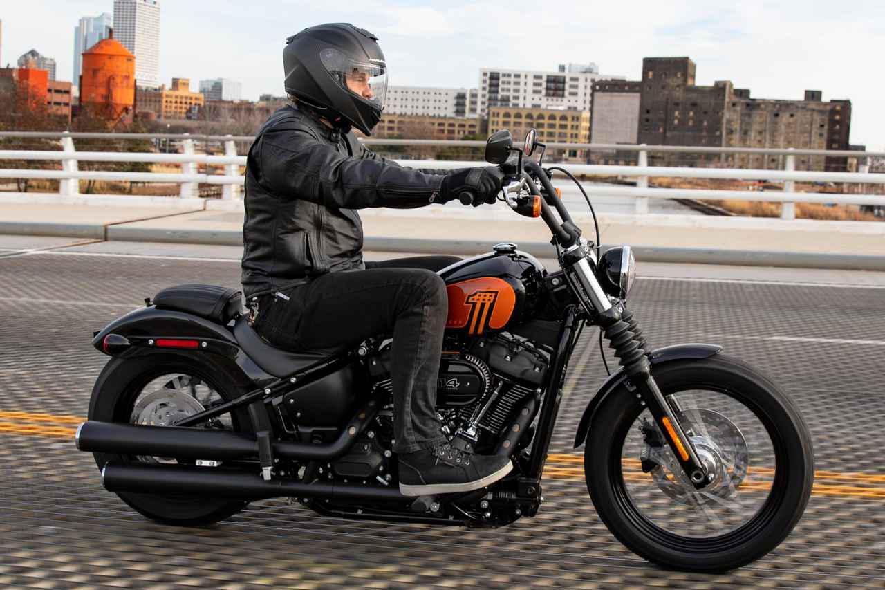 画像: ハーレーダビッドソン2021年の新型車「ストリートボブ114」 - webオートバイ