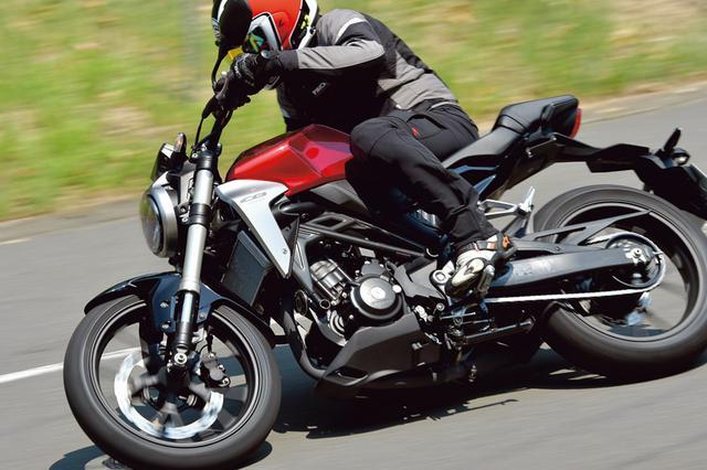 画像: 人気の250㏄クラスのバイクのメリットとは? | はじめてのバイク免許 | 初心者向け | タンデムスタイル