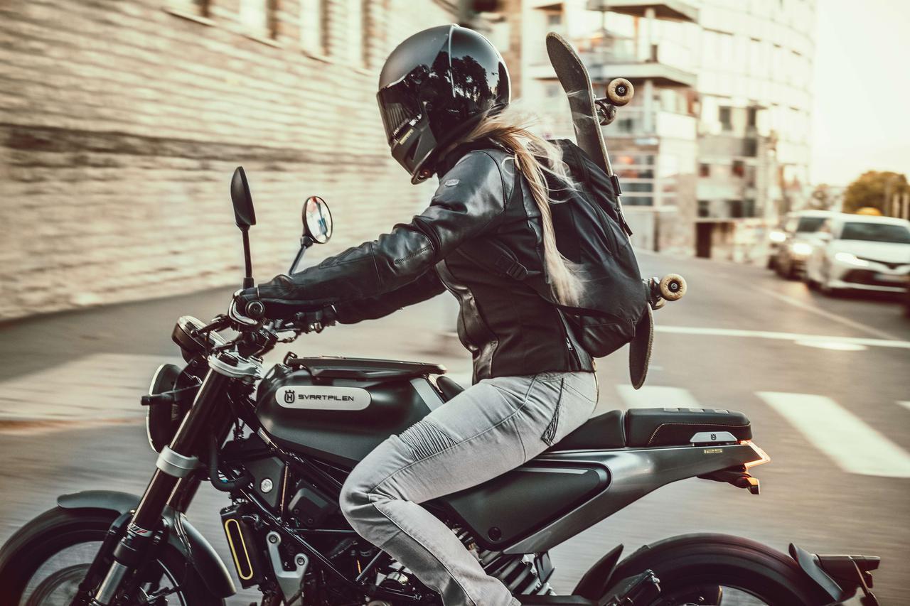 画像: ハスクバーナ・モーターサイクルズが原付二種「スヴァルトピレン125」を日本でも発売! 希少なスクランブラースタイルの125cc - webオートバイ