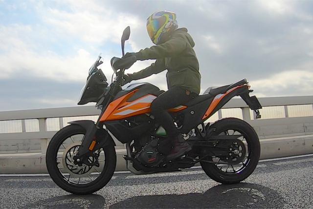 """画像1: 155cm女子ライダーの、少しは参考になるかも? インプレッション """"KTM 250 ADVENTURE""""【レディスバイク】"""