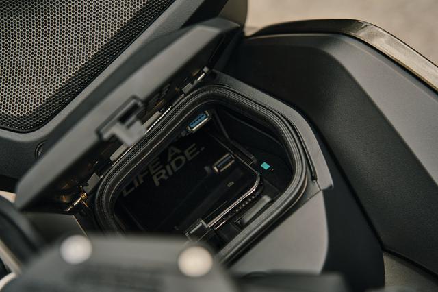 画像7: BMW「R 1250 RT」(2021年モデル)車両概要