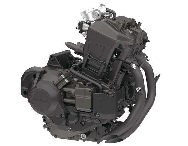 画像: エンジンは、アフリカツイン用をベースにした、ユニカム4バルブユニットを搭載。パワフルでコンパクトな、レブルにぴったりのユニットだ。
