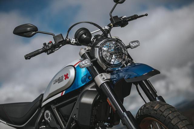 画像: 800ccのドゥカティスクランブラー「デザートスレッド」と「アイコン」に2021年モデルの新色が登場! - webオートバイ