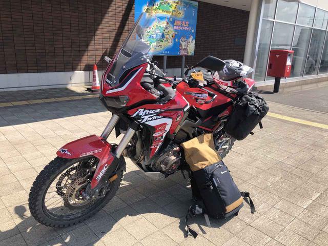 画像1: 「三橋 淳のアフリカツイン 北駆南走」第30回「究極のツーリングバッグを考える」 - webオートバイ